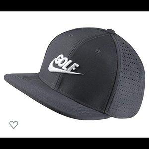 Nike Aerobill Golf Snapback (Dark Gray)